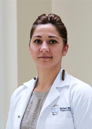 Dr. Carmen Manoli