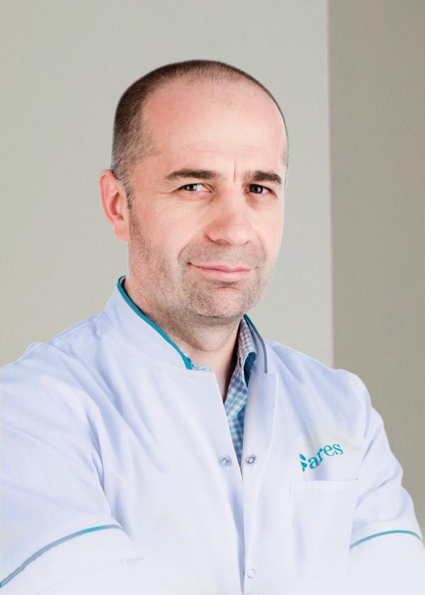 Dr-Rares-Nechifor