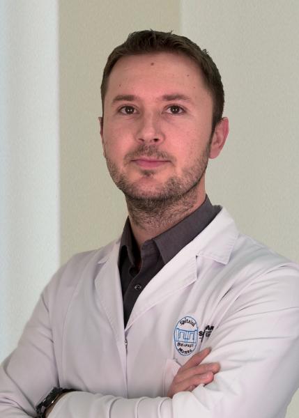 Dr. Victor Mihai